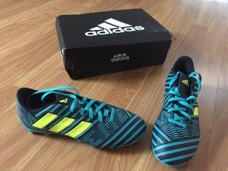 Botas de fútbol Adidas Nemeziz nuevas