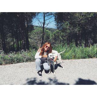 Paseadora/Cuidadora de mascotas