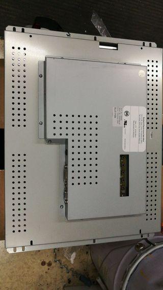 "Monitor 19"" LCD de Empotrar"