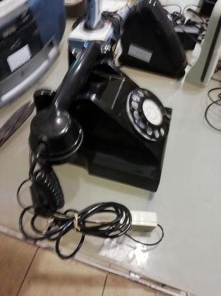 teléfono antiguo vintage preparado