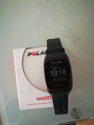 polar M 400