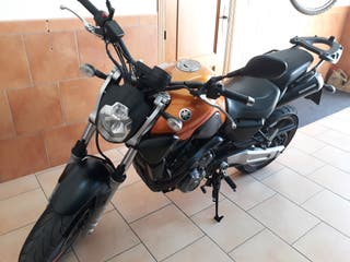 Se vende Yamaha MT-03 en perfecto estado