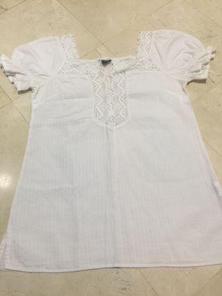 Blusa blanca encaje