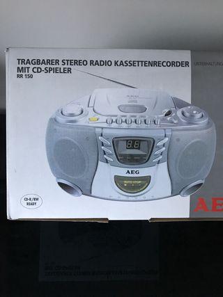 RADIO TRAGBARER STERRO KASSETEN RECORDER MIT CD -