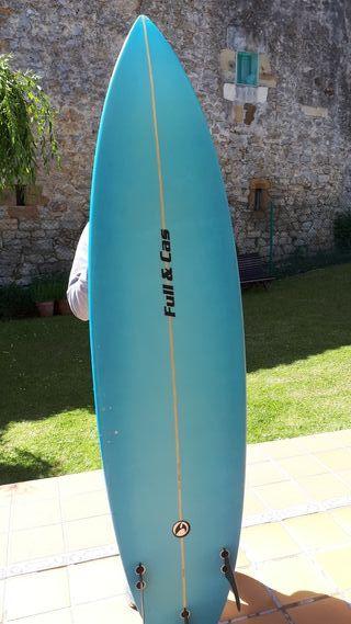Tabla y traje de surf FULL&CAS