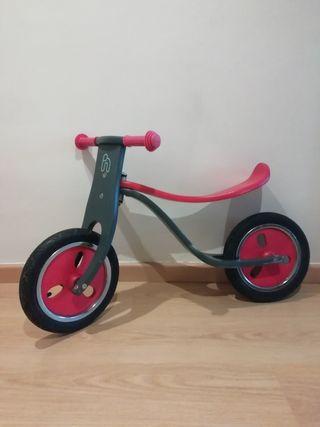 Bicicleta infantil de madera. Nueva!