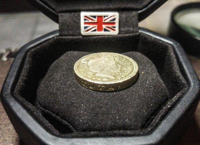 1 Pound Coin mint error