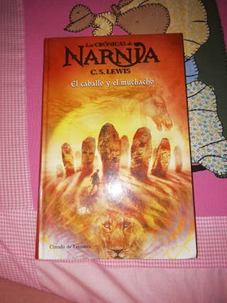 Libro sobre las Crónicas de Narnia