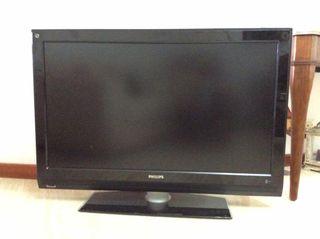 """TV LCD 42"""" Full HD 1080p"""