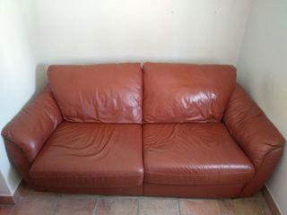 Sofá de piel convertible en cama