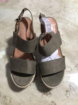Sandalia tacón NUEVAS