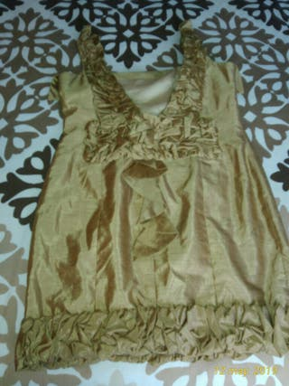 vestido T42-44. seda . color beige.