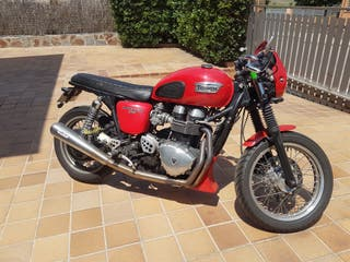 Triumph Thruxton 2007 modificada