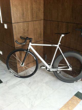 Fixie bicicleta de pista 8BAR