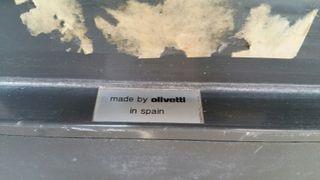 maquina escribir olivetti. antigua
