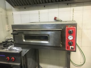 Horno eléctrico para 4 pizzas con soporte