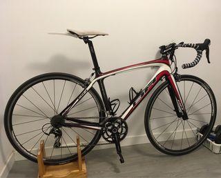 Bicicleta carretera BH Prisma 105 Carbono