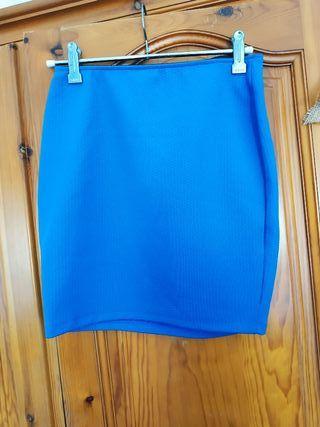 falda azul pavo