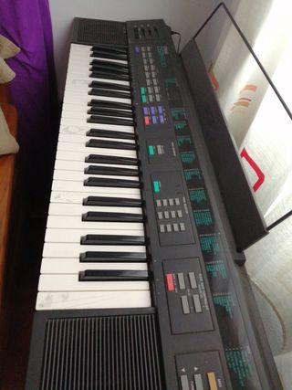 teclado Yamaha dsr-500