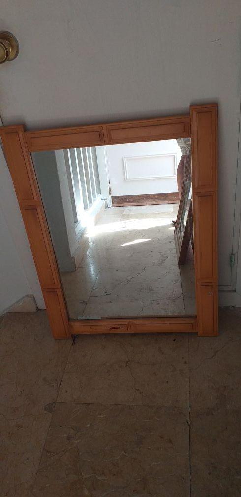 Espejo con Marco de madera masiza de pino