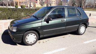 Renault Clio 1992 - 800€