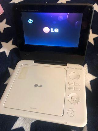 Reproductor de DVD portátil LG DP450