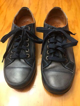 Zapatos marca pikolinos