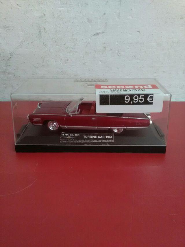 Maqueta coche Chrysler turbine 1964 mida 1\43
