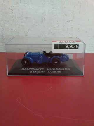 Maqueta coche Alfa Romeo 8 C mida 1\43