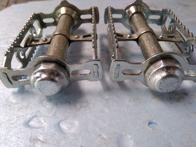 pedales metalicos Bmx