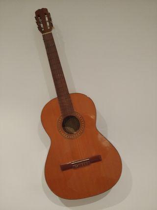 Guitarra española clásica del lutier Miguel Ángel