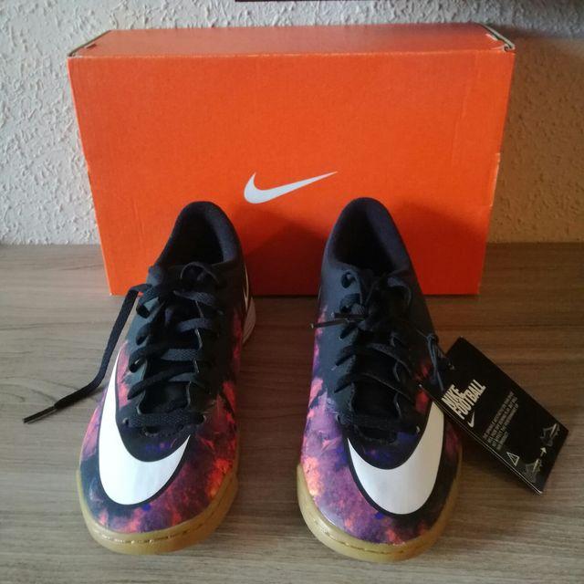 63a27ec9e8a Zapatillas futbol sala Nike Mercurial Vortex CR7 de segunda mano por ...