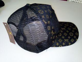 a6d134501 Gorra Louis Vuitton de segunda mano en WALLAPOP