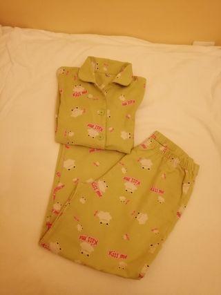 Pijama, infaltil, de franela . Admito ofertas