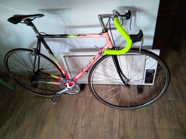 Bicicleta de carretera contini