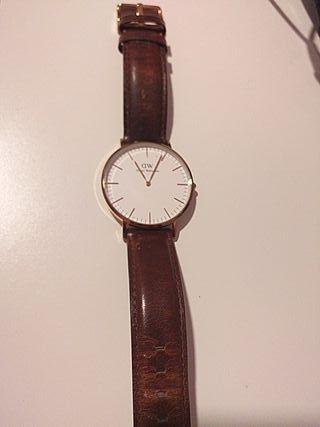 Reloj DW clásico (mujer)