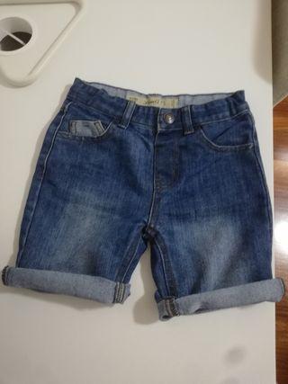 Pantalon corto niño talla 4-5