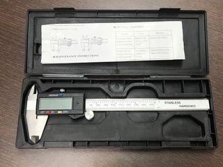 Calibre o pie de rey digital 150mm