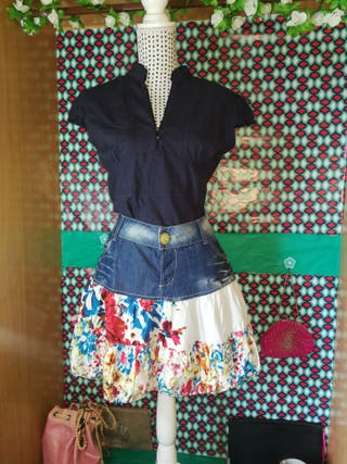 Minifalda Desigual, talla 44