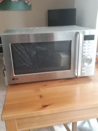 microondas LG con grill metalizado