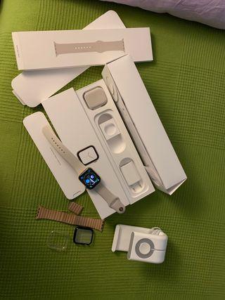 Vendo Apple Watch serie 4 y de 44mm