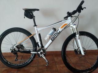 bicicleta MTB bmc