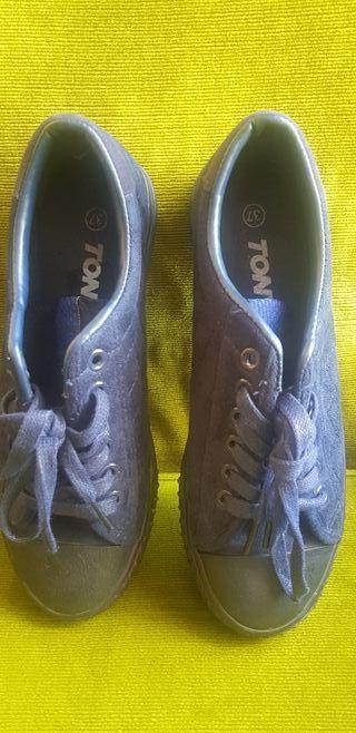 zapatillas paseo cordones. 37.