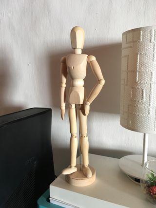 Muñeco anatómico de madera