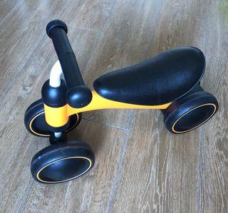 Triciclo bebes Goolsky.