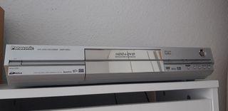 PANASONIC Reproductora y Grabadora de DVD
