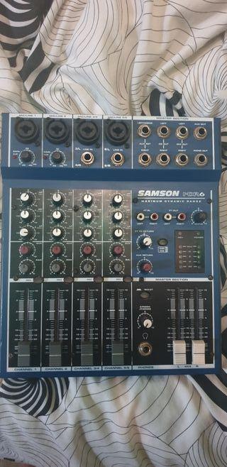 mesa de sonido samsonMDR6 poco uso y algunos cable