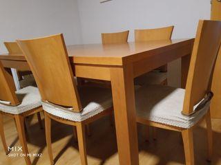 Conjunto mesa comedor y 6 sillas
