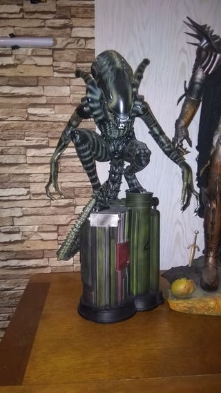 Estatua Alien Resina 1/3