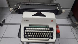 máquina de escribir Olimpia.